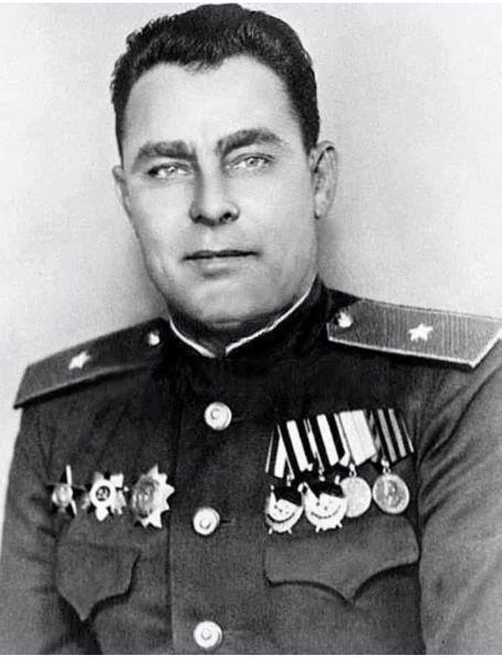 Леонид Ильич Брежнев – боево…