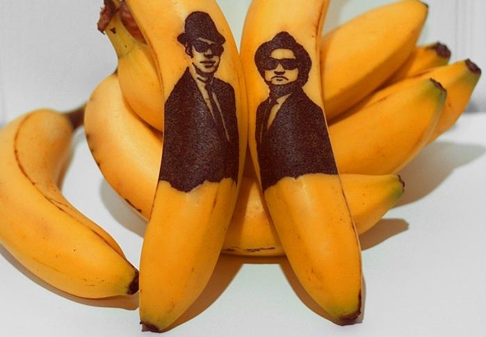 Банановое искусство художницы Honey