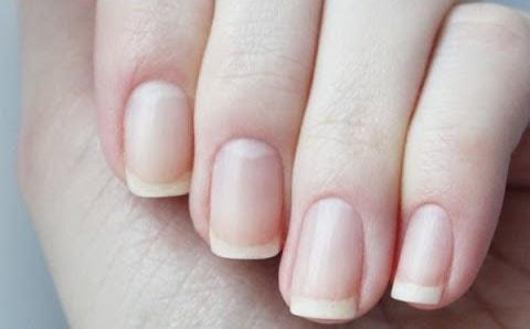 Легкий способ отбелить ногти в домашних условиях