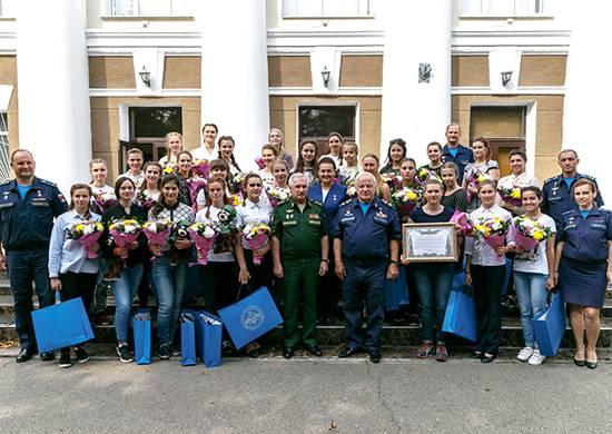 Краснодарское училище летчиков объявило о зачислении на первый курс 15-ти девушек