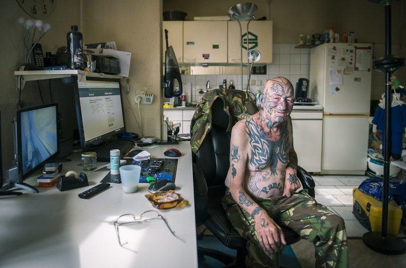Татуированные старички истарушки вфотопроекте «Возраст тату: никогда непоздно»