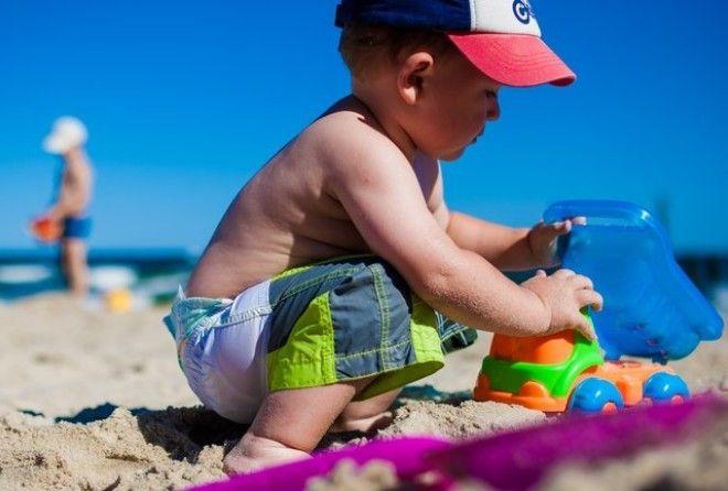 С ребенком на пляже: правила…
