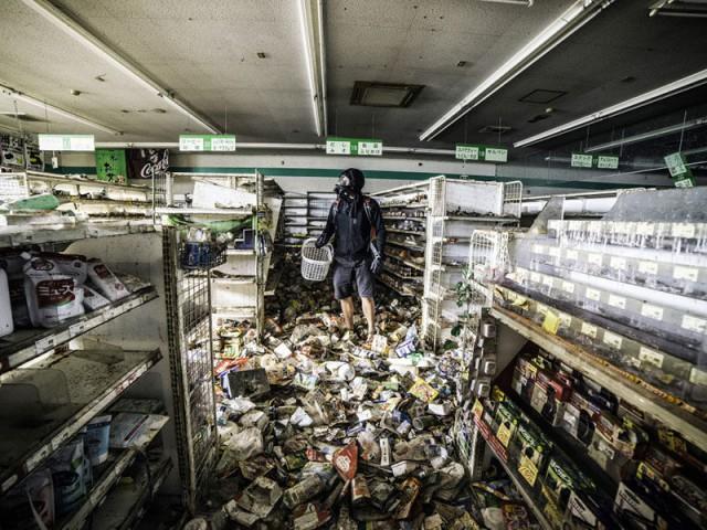 Фотограф пробрался в радиоактивный город-призрак в Фукусиме