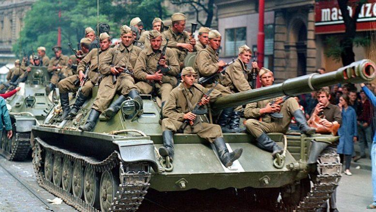 Историю ввода войск в Чехословакию подвергают избирательной цензуре