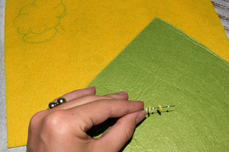 Как сделать брошь из бисера и пайеток своими руками