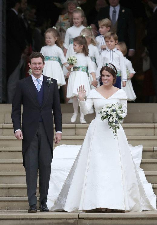Внучка Елизаветы II вышла за…
