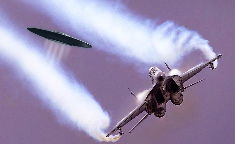 Неудачная атака НЛО против пилота российского МИГа
