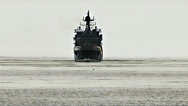 Новейший российский корабль …