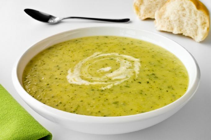 Суп-пюре с кабачками и творогом