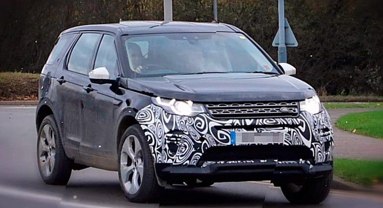 Land Rover вывел на тесты обновленный внедорожник Discovery Sport