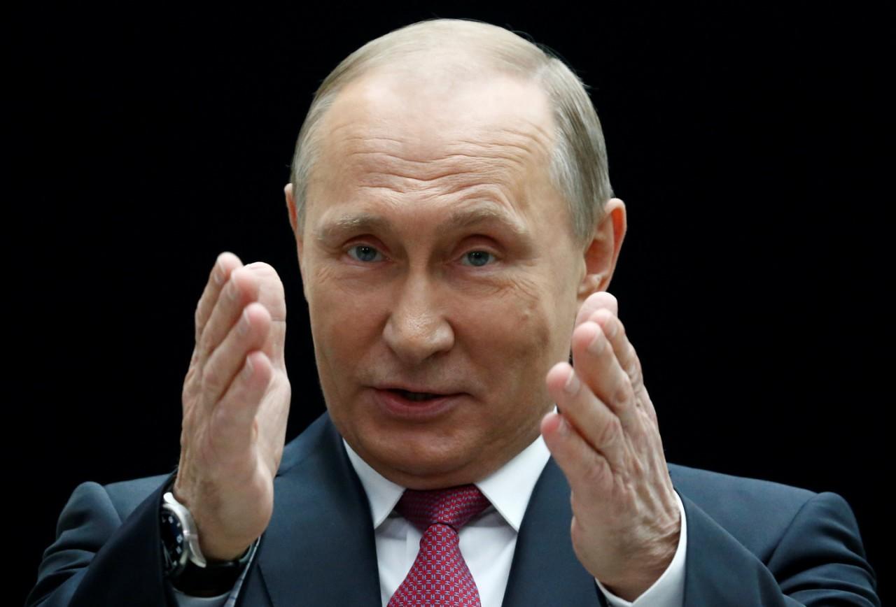 """""""Кошелёк или жизнь"""". Путин рассказал учителям анекдот"""
