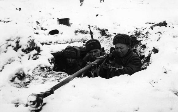 Американец о советском ПТРД-41: «Механически интересное и необычное оружие»