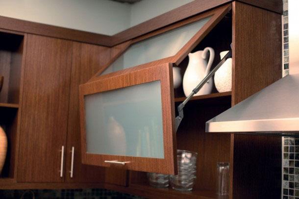 Как обустроить маленькую кухню — используем место по максимуму