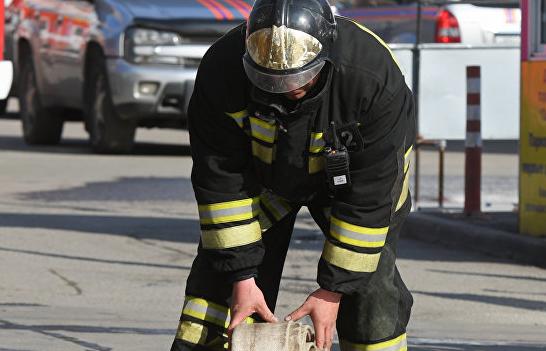 В Нальчике горит торговый павильон