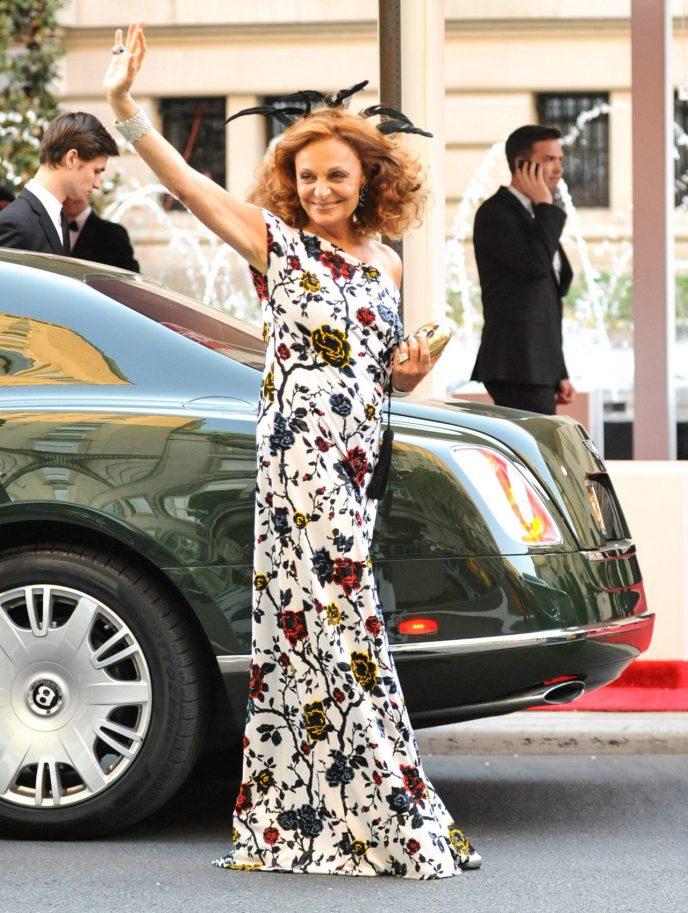 Звезды «за 60», которые одеваются круче многих современных юных модниц