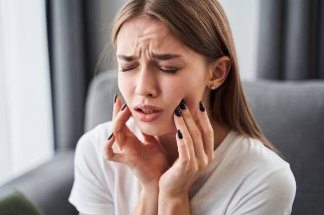 Как определить болезни по зубам