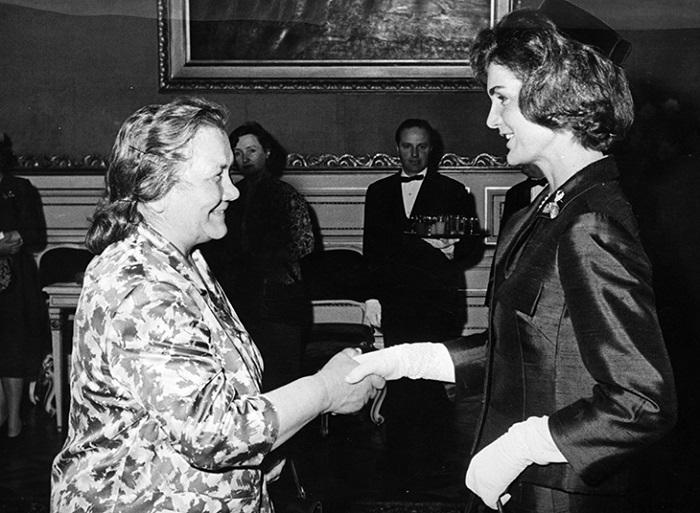 Нина Хрущева явно прогадала с выбором наряда