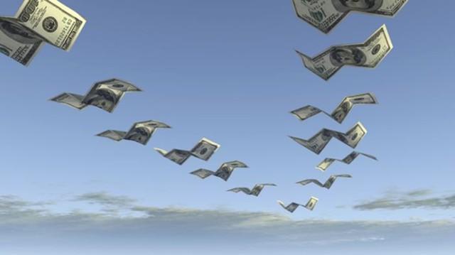 Храните деньги в... Швейцарии: Центробанк объявил, что отток капитала из России вырос за год больше чем в полтора раза