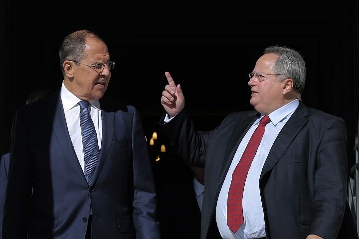 Глава МИД Греции назвал Лаврова одним из лучших дипломатов в мире