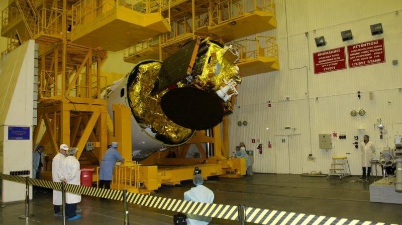 Новый поворот в истории с ангольским спутником