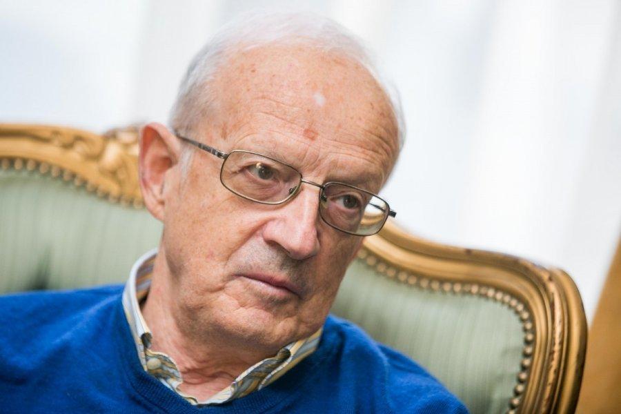 Андрей Пионтковский: Санация…