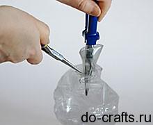 делаем вазу из пластиковых бутылок