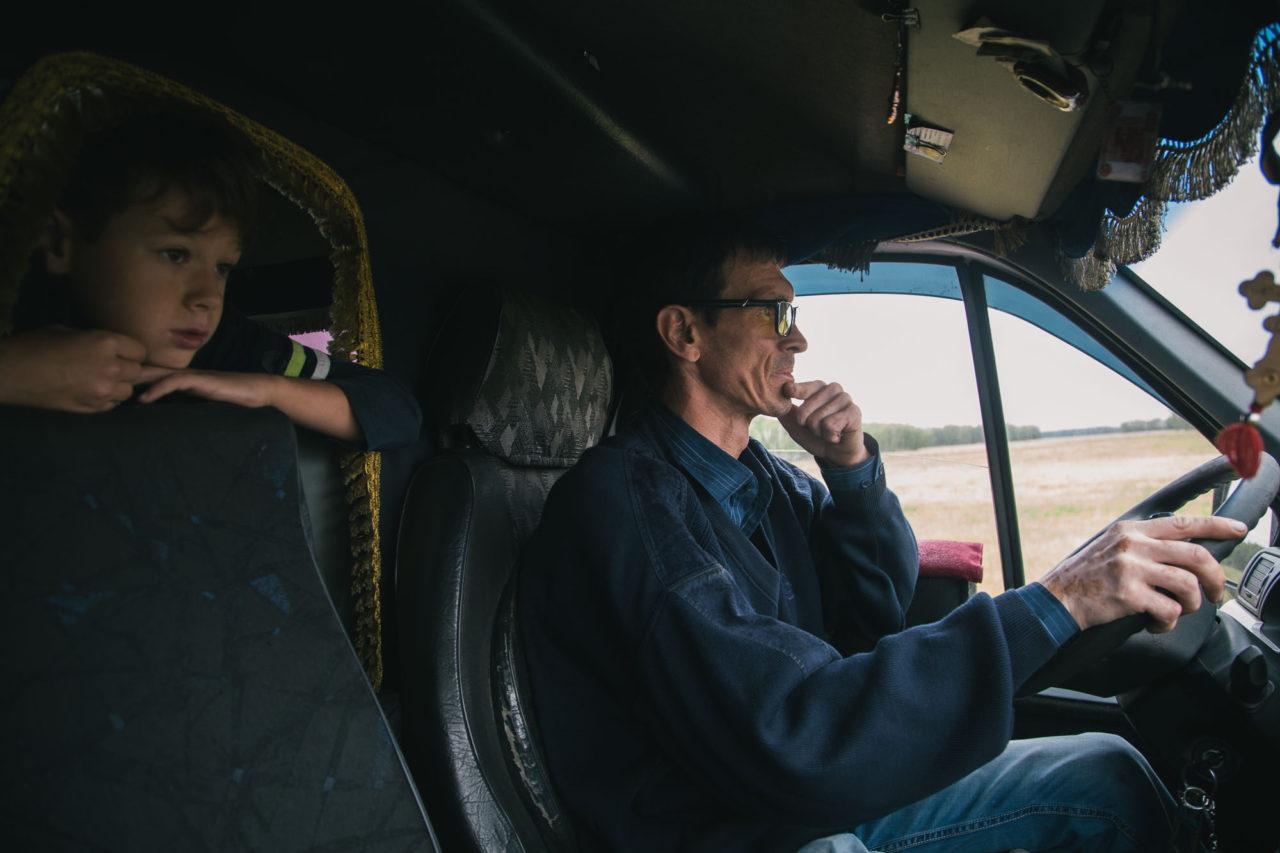 Семья маршрутчика, бесплатно возившего пассажиров в Омск, оказалась на грани нищеты