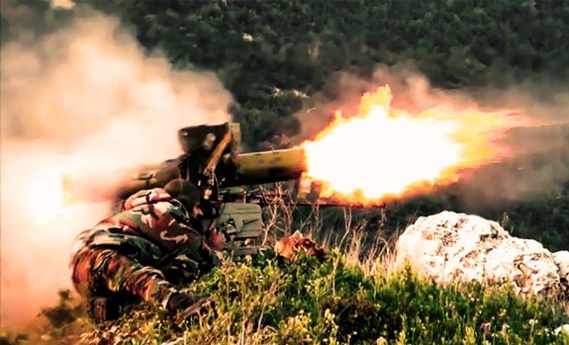 Боевики засняли уничтожение сирийского палаточного лагеря с помощью ПТУР