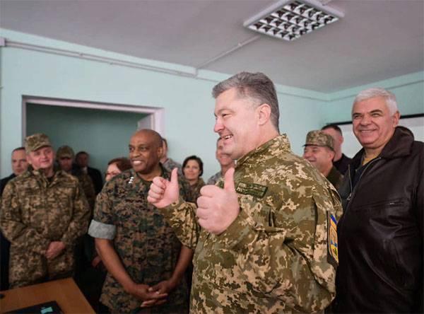 Порошенко: Мы готовы отражать агрессию со стороны Крыма и Приднестровья
