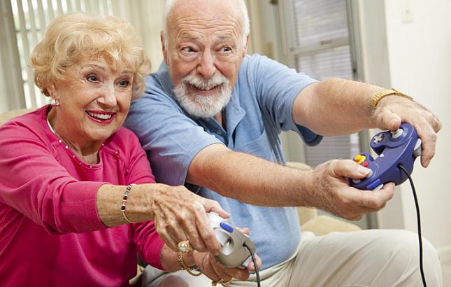 Ученые рассказали о пользе компьютерных игр для пенсионеров