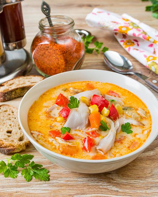 Острый суп с курицей и кукурузой