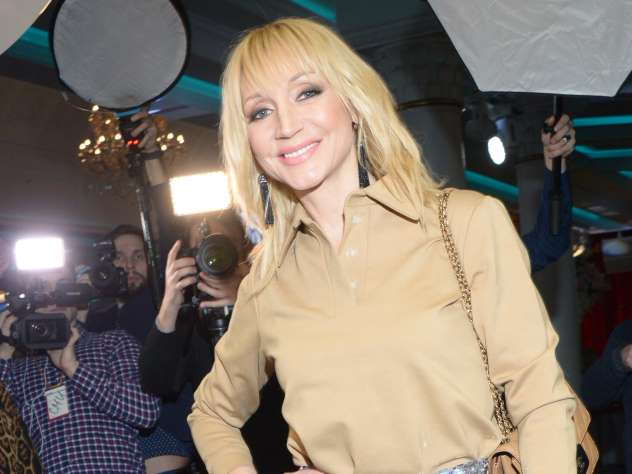Поклонники похвалили Орбакайте за концерт в ультраскромной обстановке