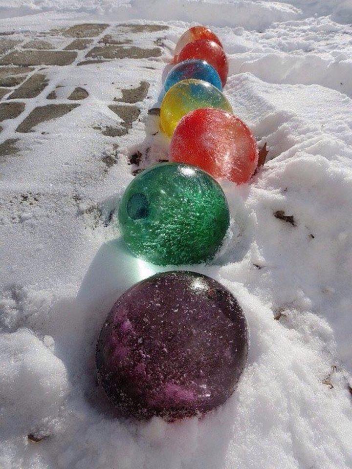 Цветные ледяные шары и другие сказочные идеи из льда. Просто, быстро, эффектно!