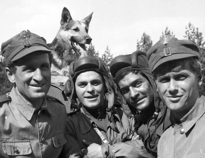 """Сериал """"Четыре танкиста…"""": как сложились судьбы актеров?"""