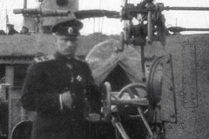 Российский военкомат украсили мемориалом адмирала Колчака
