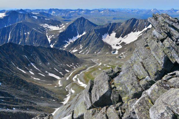 Уральские горы: 11 интересных фактов о знаменитой горной цепи