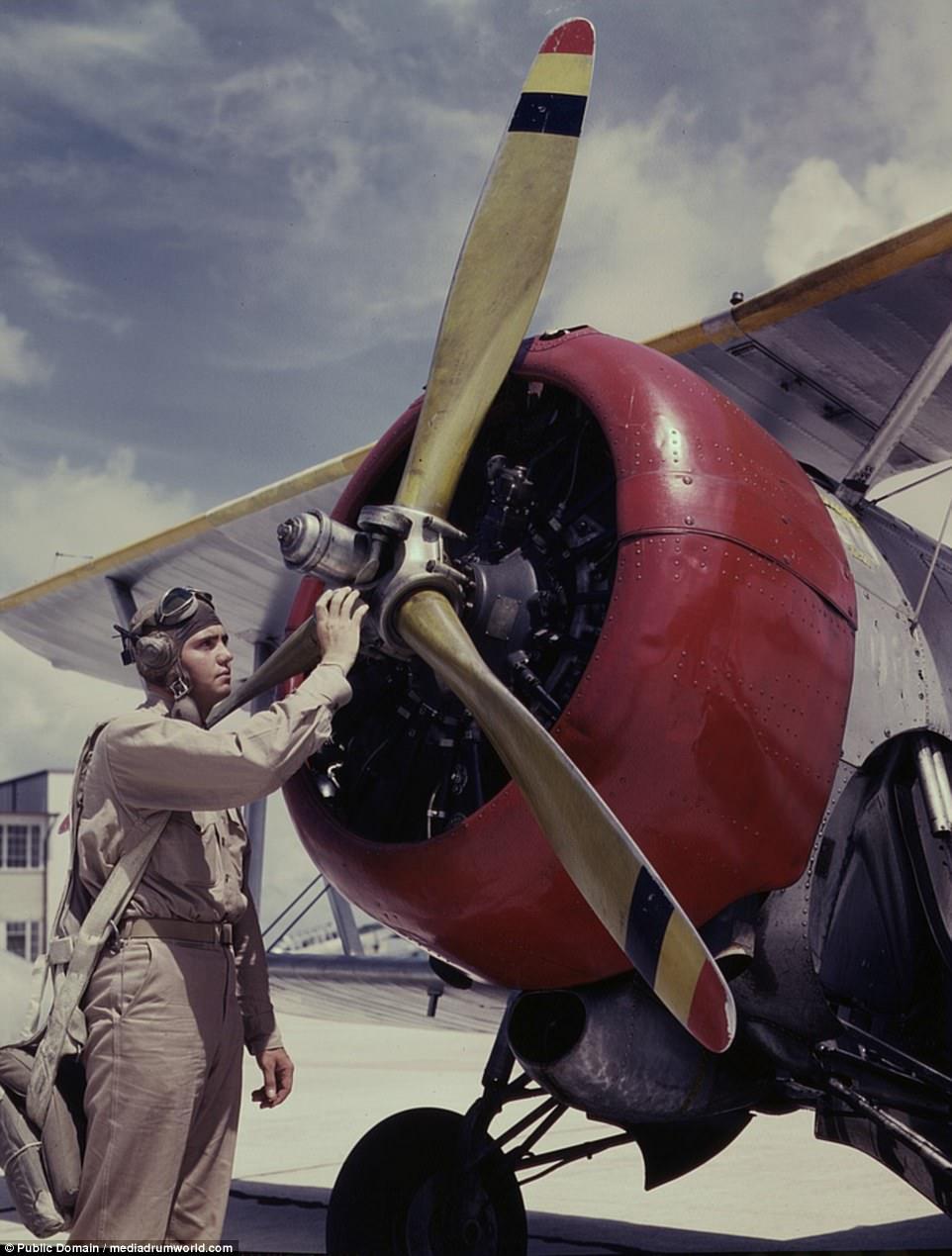 Фоторепортаж из 1942 года. Авиабаза в Техасе