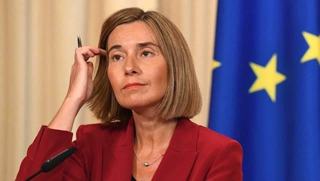 """Могерини: Россия должна признать """"ответственность"""" за сбитый авиалайнер"""