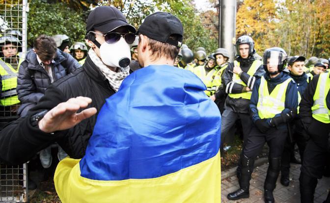 Украина ждет, когда все рухнет, а Россия разберется