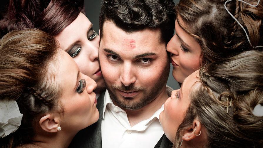 """""""Хочу 4 жены и 15 детей"""". Как живут многоженцы, фиктивные мужья и гостевые жены"""