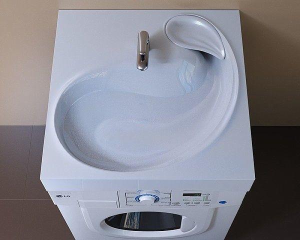 Наконец-то додумались ! А то или раковину убирай или машинку не ставь !