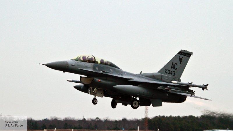 Бельгийские F-16 трижды за н…