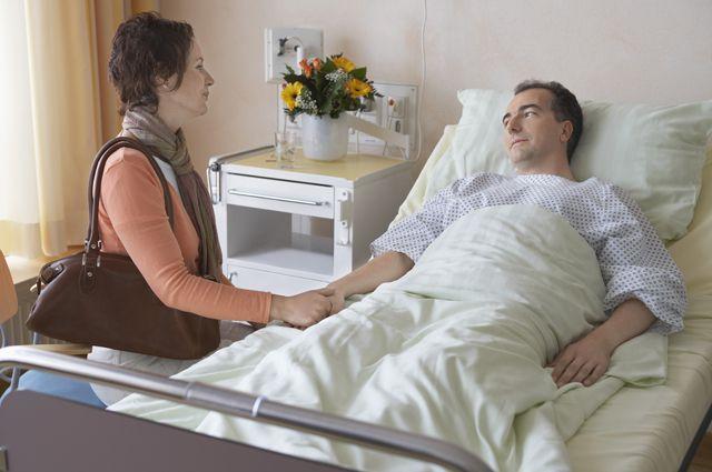 Терпеть ли больного мужа из-за денег?