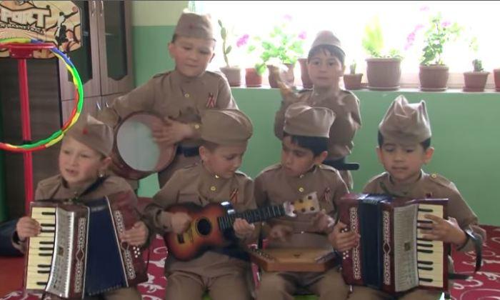 Таджикские детсадовцы спели …