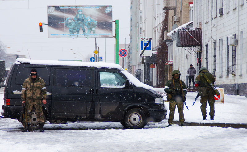 Мятеж в Луганске: Кремль заставит помириться Плотницкого и Корнета