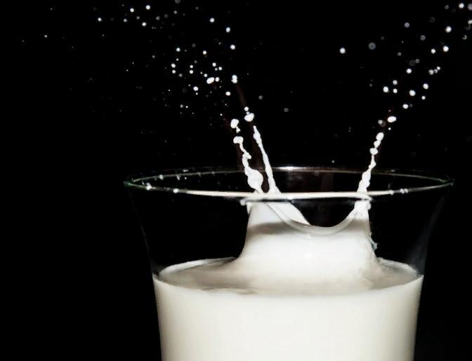 Газированное молоко: кто и зачем это придумал