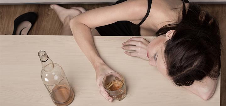 Смертельно важно: с чем нельзя смешивать алкоголь