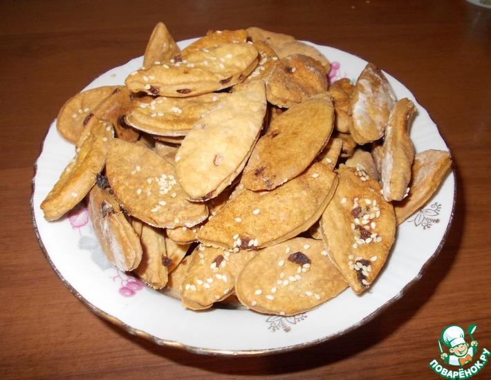 Рецепт: Крекер к пиву или печенье Чиполинка