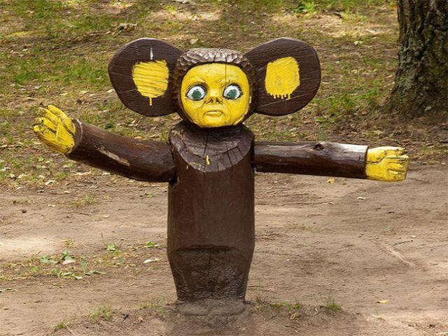 Самые странные (и страшные) детские площадки в мире