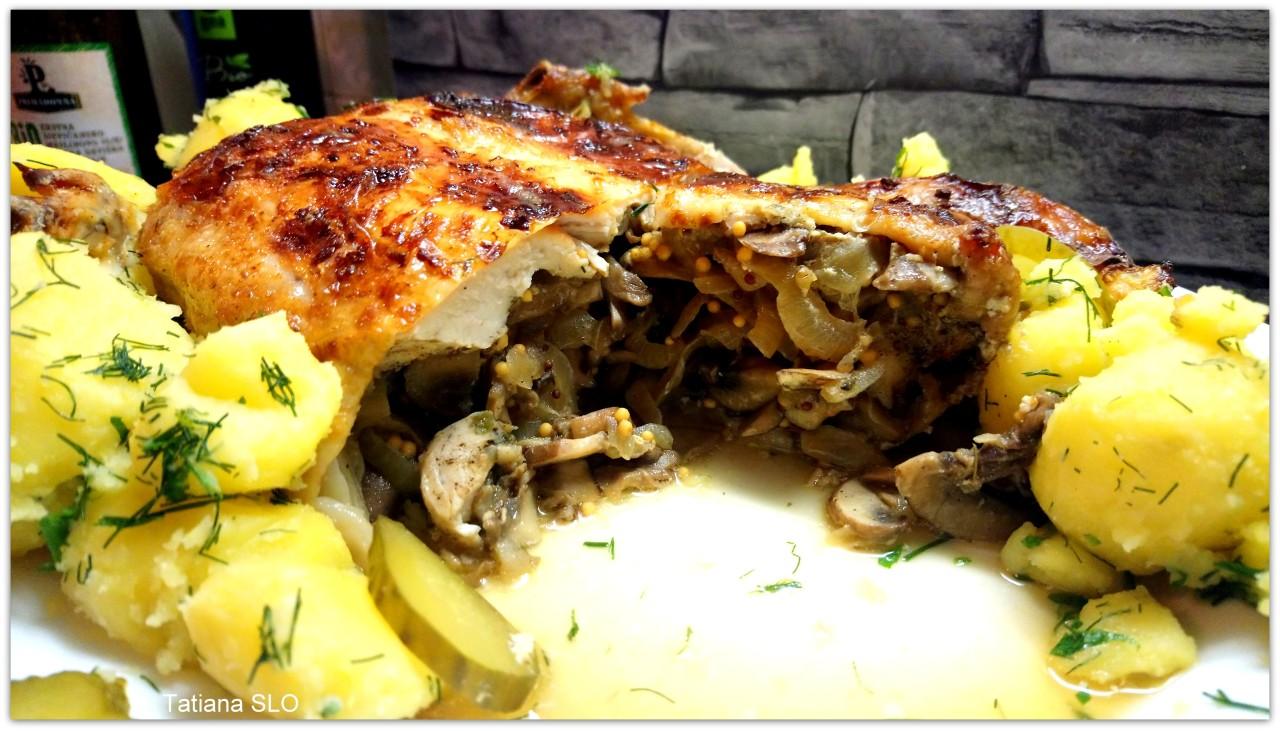 Запеченая курица фаршированная грибами и луком